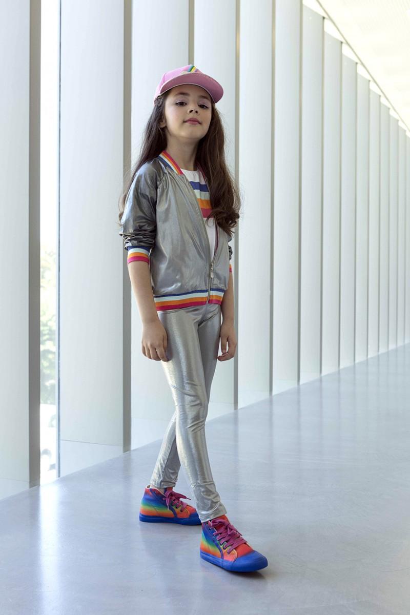 Metalizado dá o tom moderno ao look das meninas - Primistili 7e1b801ca26